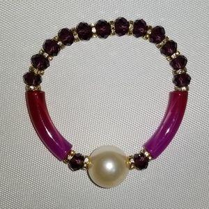 NWOT Purple bracelet with faux pearl accent